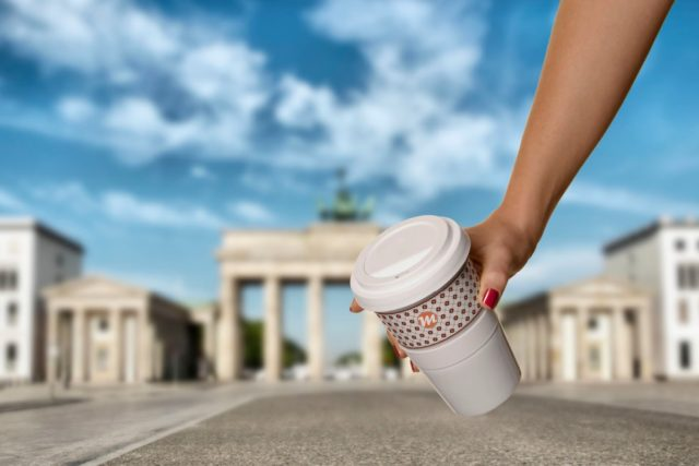 Coffee to go Promotion Motiv Brandenburger Tor
